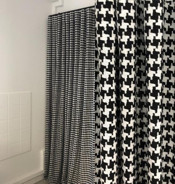 Vorhang Alika mit grafischem Hahnentritt Muster I Moderner Vorhang nach Maß I schwarz-weiß