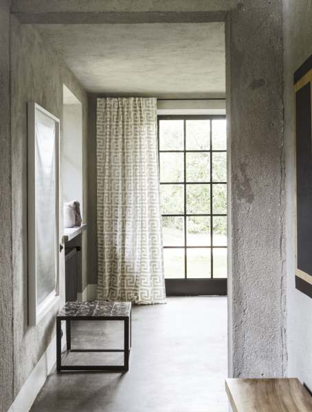 Vorhang Cesare Mäander Luxus Muster Nordic Living I Hochwertige Stickerei Leinenoptik I Natur beige