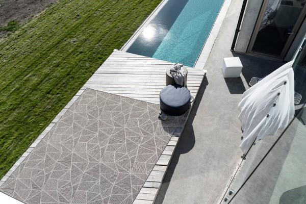 Patio Design Mistral I hochwertiger Indoor &Outdoor Teppich I Grafik Blatt Muster I Jab Anstoetz