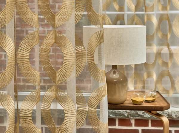 Design Vorhang Aura mit edler Stickerei Art Deco Muster transparent I gold /silber