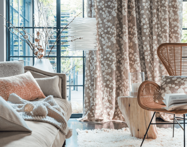 Vorhang Nuee mit floralen Druck I Blumen I Baumwolle/Leinen I Naturtöne braun, senfgelb, grau, blau
