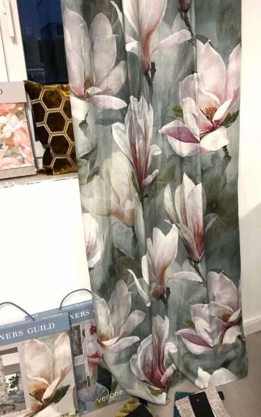 Vorhang Yuland I Magnolien I Blumenmuster I Englische Vorhangstoffe Designers Guild