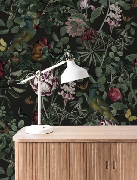 KEK Fototapete Bold Botanics, Tapete mit Blumen I floral dunkel schwarz/grün/rose