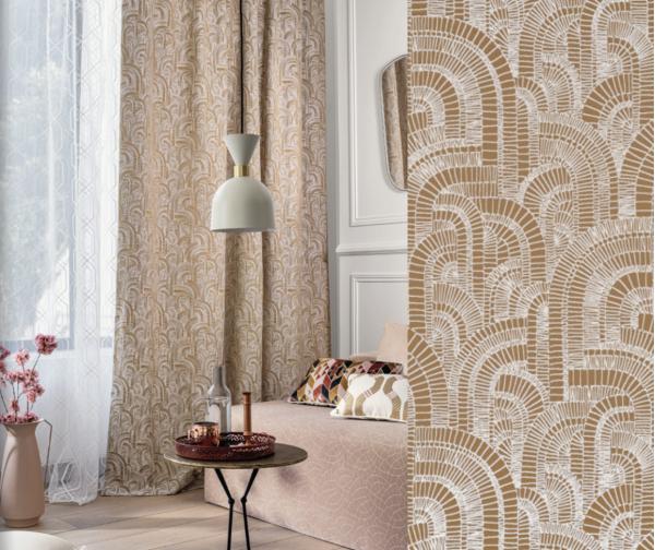 Vorhang Garden District mit luxuriösem bestickten Muster I Barock I blickdicht I silber/gold/beige