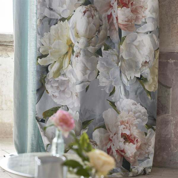 Vorhang Peonia Grande im Pfingstrosen Dessin I handgemaltes Blumenmuster Designers Guild